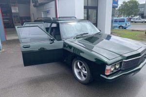 '77 Holden HZ Premier Wagon front